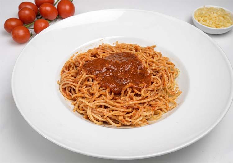 ספגטי ברוטב עגבניות קלאסי